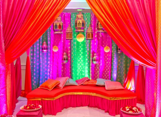 Colorful-Mehndi-Henna stage Weddings in Turkey