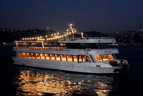 boat wedding in istanbul bosphorus turkey